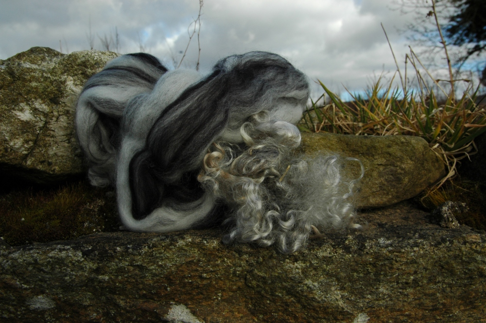 Mohair and merino transformed into a light and airy cobweb felt scarf (1/2)